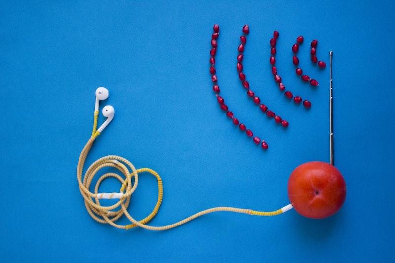6g post 01 fruit radio podcast_hadis malekie_lr
